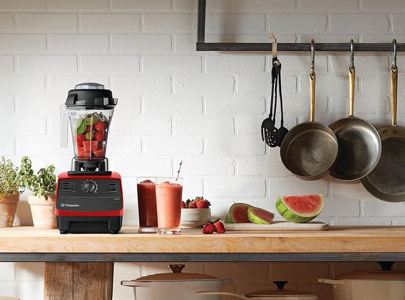 普通のブレンダーとどう違うの?高機能ブレンダー「Vitamix (バイタミックス)」で食材の栄養をまるごとチャージ。