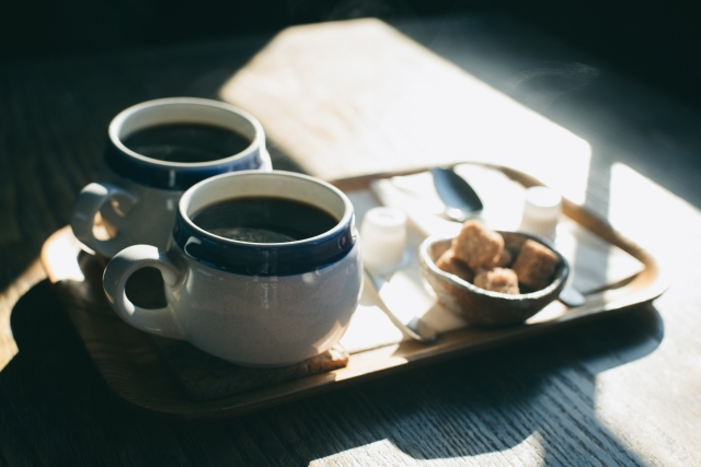 コーヒー好きに喜ばれるプレゼントとは?予算・シーン別おすすめグッズをご紹介